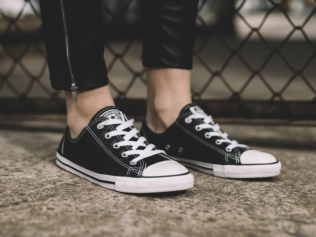 Converse Chuck Taylor All Star Dainty Low Top Womens Shoe